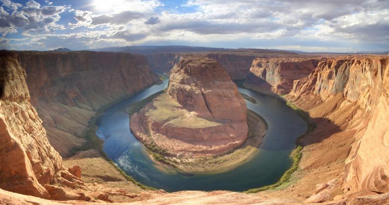 أحد أجمل المناظر الطبيعية : حدوة بيند - horseshoe bend horsehoe-bend-3[5].j